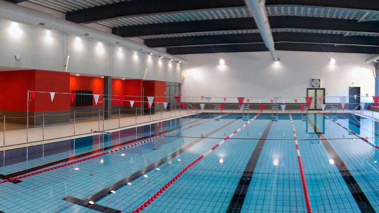 Sportstätten und Schwimmbäder